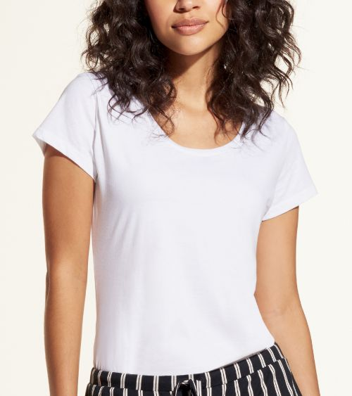 camiseta-manga-curta-21010-branco-styling