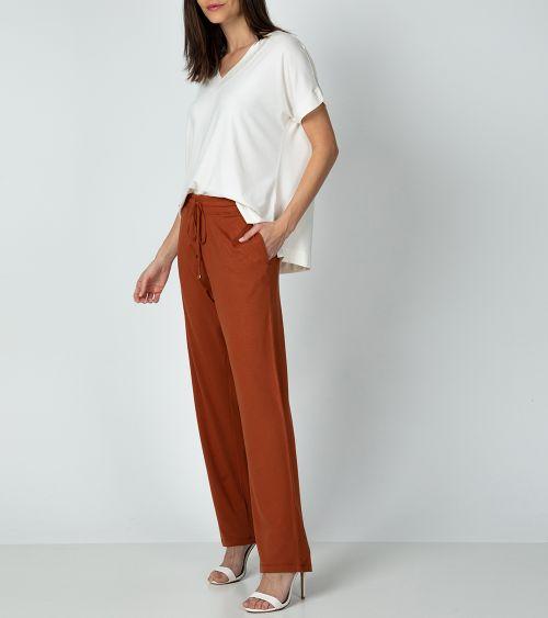 calca-pantalon-20890-caramelo-lado