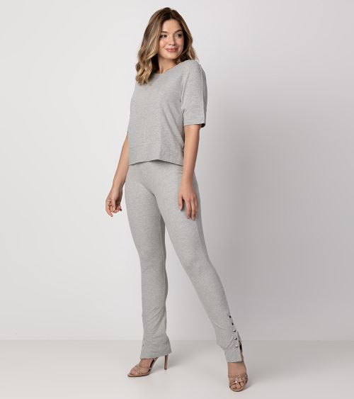 blusa-cropped-21950-melange-calca-legging-botoes-20950-melange-lado