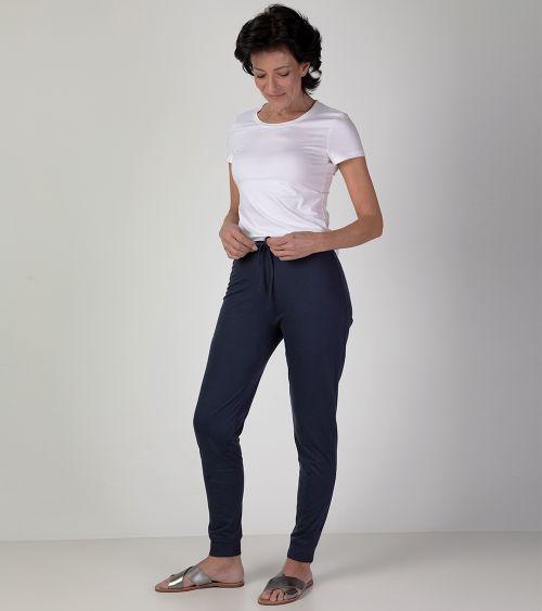 camiseta-manga-curta-21010-branco-calca-20000-orion-frente
