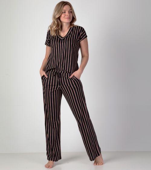 camiseta-manga-curta-21980-listrado-calca-20980-listrado-frente