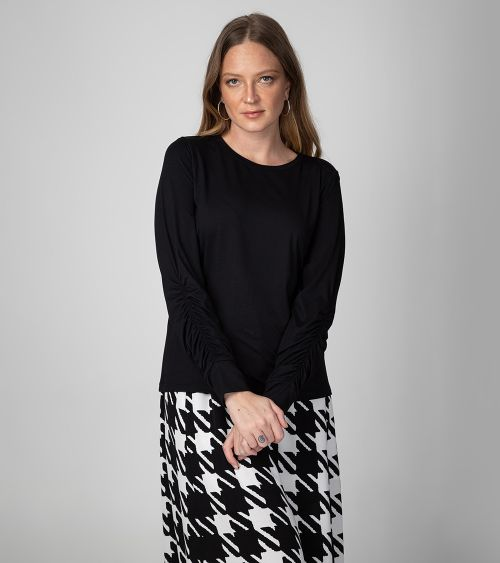 blusa-manga-longa-21181-super-black-frente